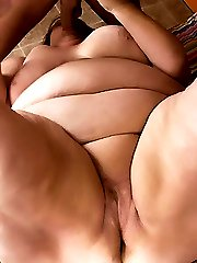 Sassy older BBW Sweet Cheeks spread eagled on the living room floor and taking heaps of humping