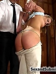 The young, tall and beautiful Rilynn Rae gives us a very intense and energetic scene in this...