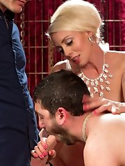 Lorelei Lee has had enough of her pathetic slave, Jay Wimp, and his inability to pleasure her....