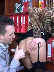 Kissing couple gets in the mood for dirty backdoor pumping in the bedroom
