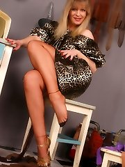 Angel in brown stockings at washhouse