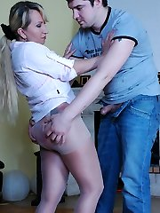 Sexy milf puts on fine stretchy pantyhose and gets them jizzed after a fuck