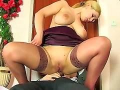 Well-hung boss using exclusive disciplining methods boning babe�s butthole