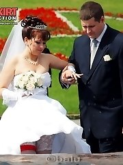 One of the hottest bride upskirts ever