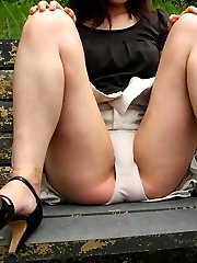 Mixed voyer and upskirt galery