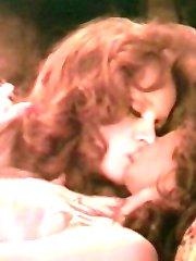 Hairy retro lesbos licking