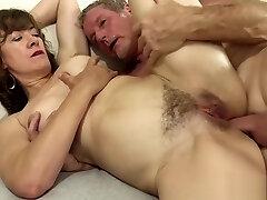 Great Mature Mega-bitch Fucking Orgy 1920x1080 4000k