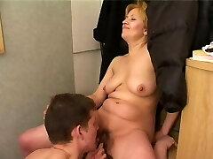Boy fucks mature mommy