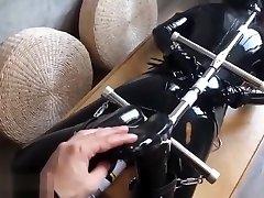 FXX-Latex-01 胶衣 窒息 固定