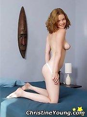 Facial liking ash-blonde pornstar Victoria Evans in action