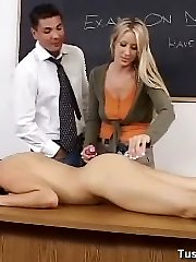 Jennifer learns how to have anal sex sans hurting herself