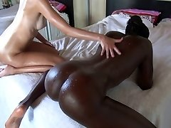 AMAZING Threesome! Blond and Black Teeny