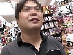 Horny Japanese superslut in Hottest Milf, Threesome JAV clip