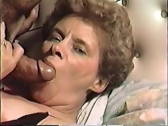 vintage vhs of a mature milf facefucked and nutted