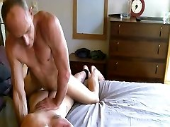 Daddy pounds hot twinks culo BB