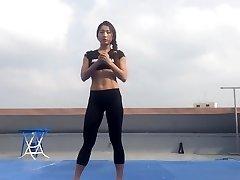 Korean damsel Bodyfitness Minsoo workout 02