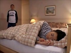 Asian Mom - Step Mummy Sayuri - by MrNonham (part 1)
