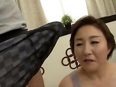 Beautiful Mom Japanese pounded