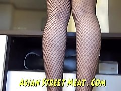 Demure Anal Angel Delivers Asian Assfucking Pleasure