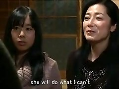 Jap mom daughter keeping house m80 marionettes
