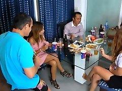 थाई पार्टी लड़कियों के साथ शराब(नया पर 1 अगस्त, 2016)