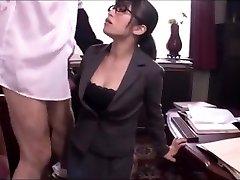 Japanese office chick fellatio service