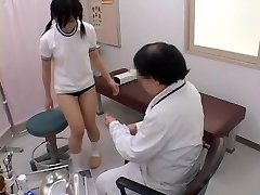 Nubile gets her pussy tested by a naughty gynecologist