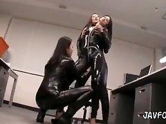 lesbian climax in spandex