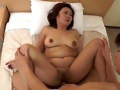 sexy japanische Reife (zensiert)