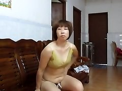 Asian Fledgling MILF Showing Off