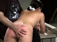 Electroplay Spanking And Getting Off