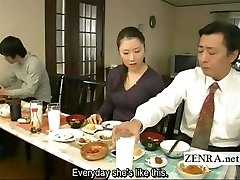 Subtitled bizarre Chinese bottomless no panties family
