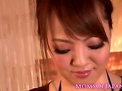 Big-titted japanese milf breastjob