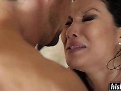Asian beauty enjoys railing his sausage