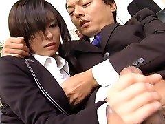 Secretary slut Satomi Maeno blows boner uncensored