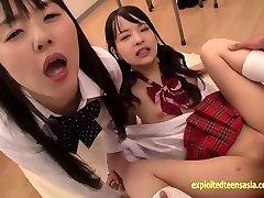 अबे Mikako करता है गहरी गुदा शेयरों खाने के साथ दोस्त