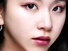 Chaeyoung's Bukkake-Prepped Close-Up