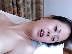 Not easy to find a professional Chinese porn, right? Therapist and nurse.