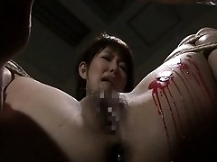 Pouring wax on her wet pussy and she luvs the bdsm stuff