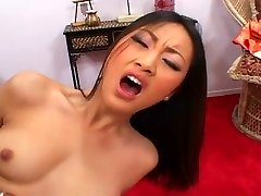 Stunning Japanese beauty pounded