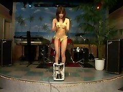 JP gal Fuck-fest Machine 03