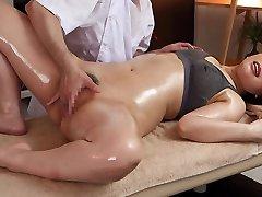 Ai Sayama in Ai Sayama Gets A Total Figure Massage - MilfsInJapan