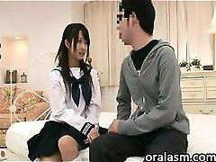 Asian Schoolgirl Wants To Have Sex