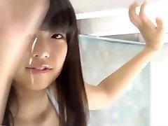 skjønnhet japan jente som kommer ut fra college