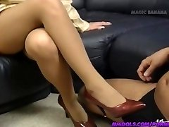 Yuuko Imai touches manstick with soles in shoes