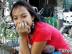 Thai tart blows a schlong