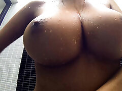 Big boobs Thai handle shows her shower cannons
