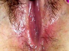 Wet vagina splooge solo