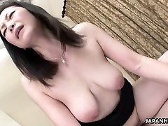 Asian wife got her hairy pussy porked after a 69