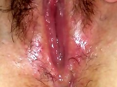 Wet pussy splooge solo